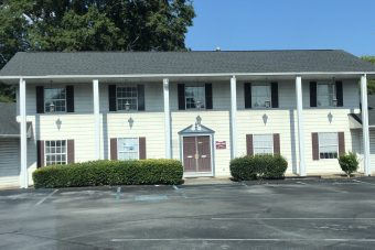 Mount Vernon Center 9-Unit Office Center on Hixson Pike almost Hwy 153 North and South